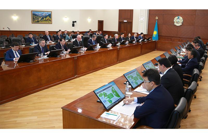 Национальная комиссия по модернизации рассмотрела ход реализации Послания Президента