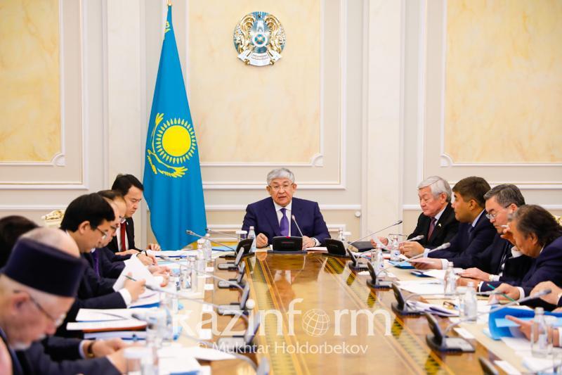 Как отметят юбилеи Абая и аль-Фараби в Казахстане
