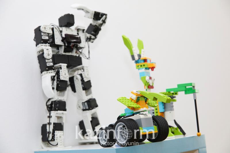 第五届全国青少年机器人大赛在首都举行