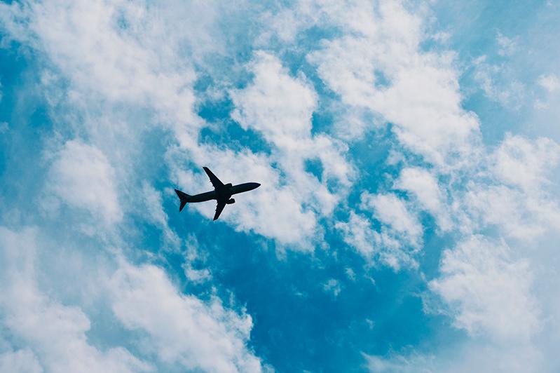В аэропортах 11 городов Казахстана вводится режим «открытого неба»