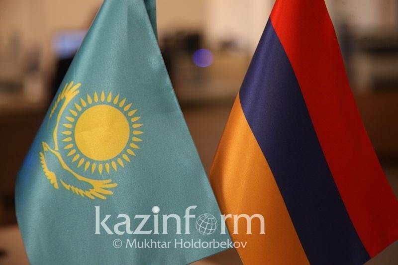 总统批准哈萨克斯坦与亚美尼亚政府间紧急情况互助协议
