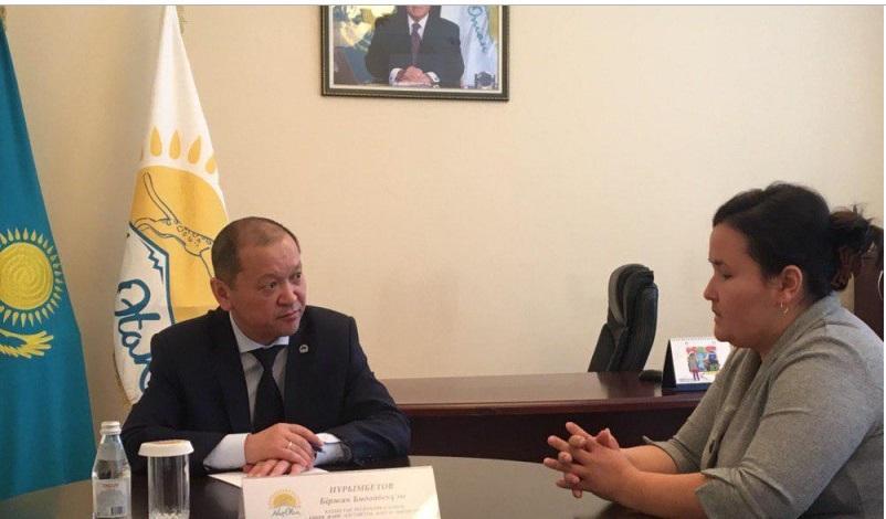 Министр труда и соцзащиты населения ответил на вопросы жителей Актобе