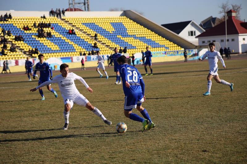 Футбол: «Қызылжар» мен «Каспий» премьер-лигада, «Ақжайық» үшінші орында