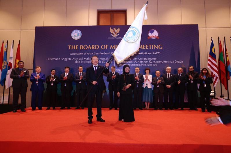哈萨克斯坦宪法委员会主席麦米当选亚洲宪法法院和相关机构协会主席