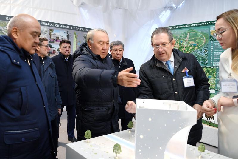 纳扎尔巴耶夫:突厥斯坦未来将成为我国历史文化中心