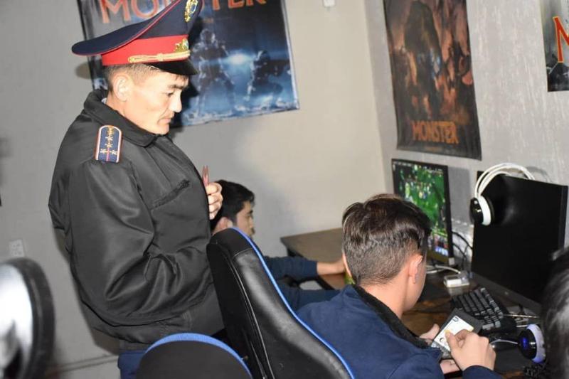 Алматы облысында түнгі серуенді ұнататын 300-ден астам жасөспірім анықталды