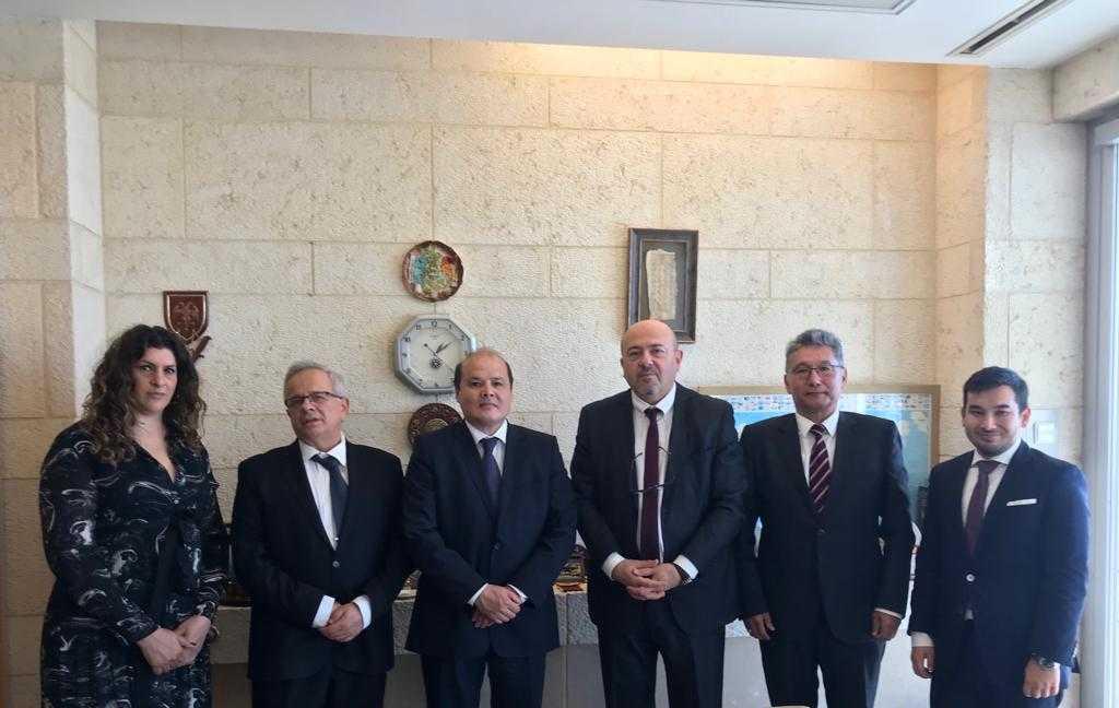 哈萨克斯坦大使会见以色列外交部代表