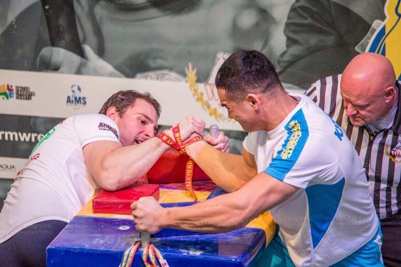 Сборная Казахстана по армрестлингу завоевала 134 медали на чемпионате мира в Румынии