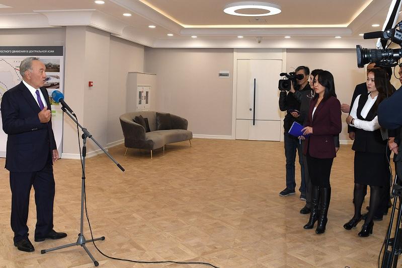 纳扎尔巴耶夫召开新闻发布会总结突厥斯坦州视察结果