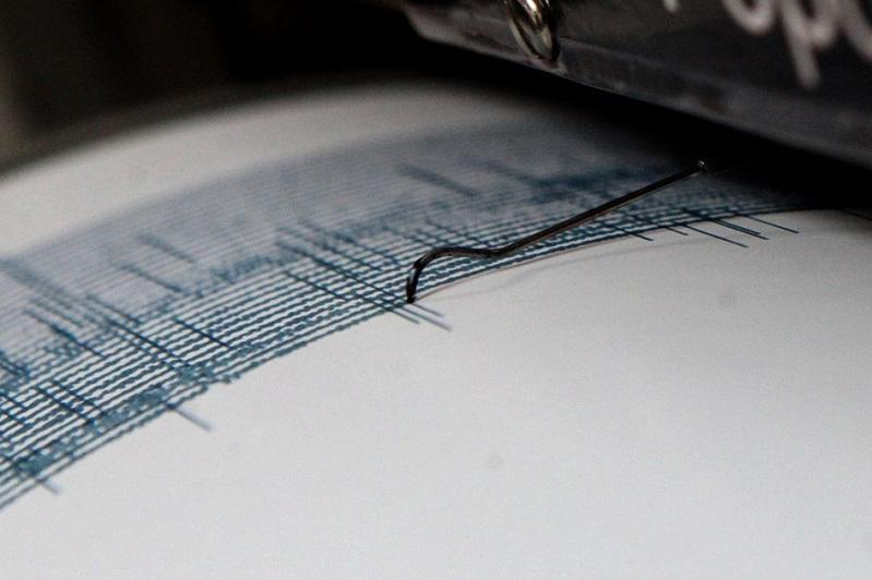 中国新疆境内发生规模4.4地震