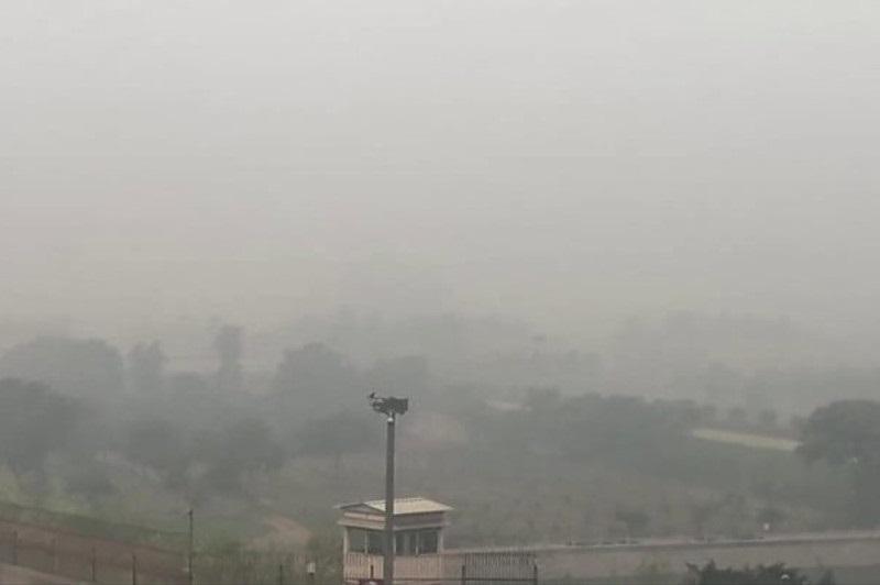印度首都新德里的空气污染创三年来新高