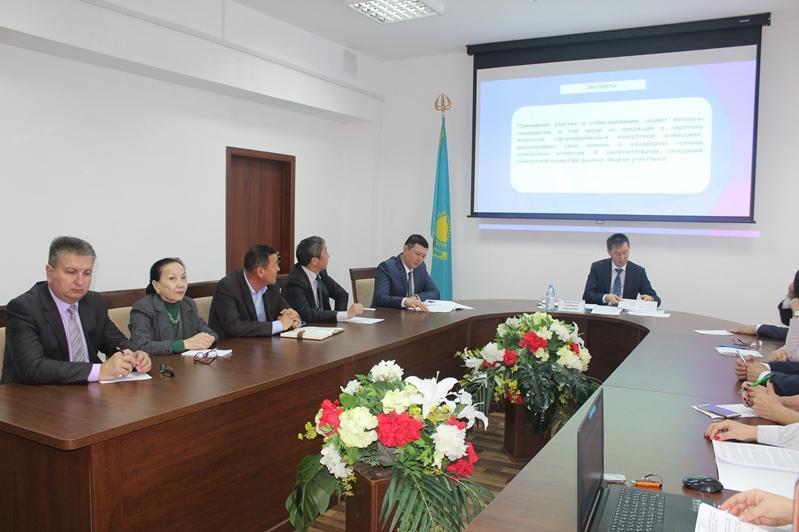 Журналистов и общественников хотят привлечь к работе конкурсных госкомиссий в Павлодарской области
