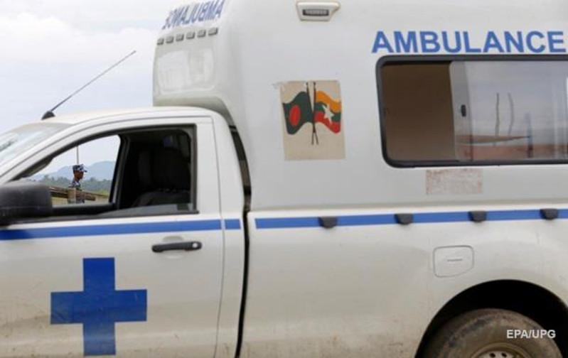 Мьянмада автобустар жол апатына ұшырап, 13 адам қаза тапты