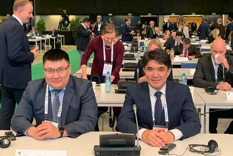 哈萨克斯坦代表团参加界反兴奋剂机构执行委员会会议