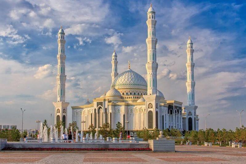 Нұр-Сұлтанда имамдар жеткілікті ме – Бас мүфтидің жауабы
