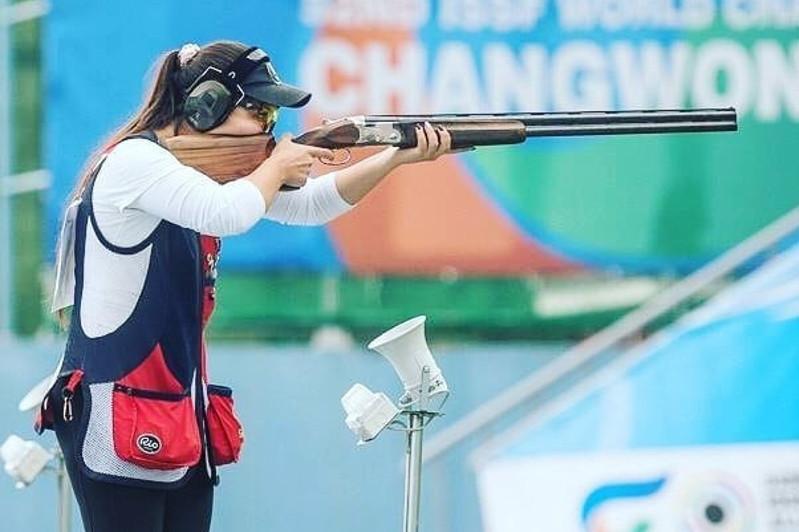 哈萨克斯坦选手在射击亚锦赛中获得银牌