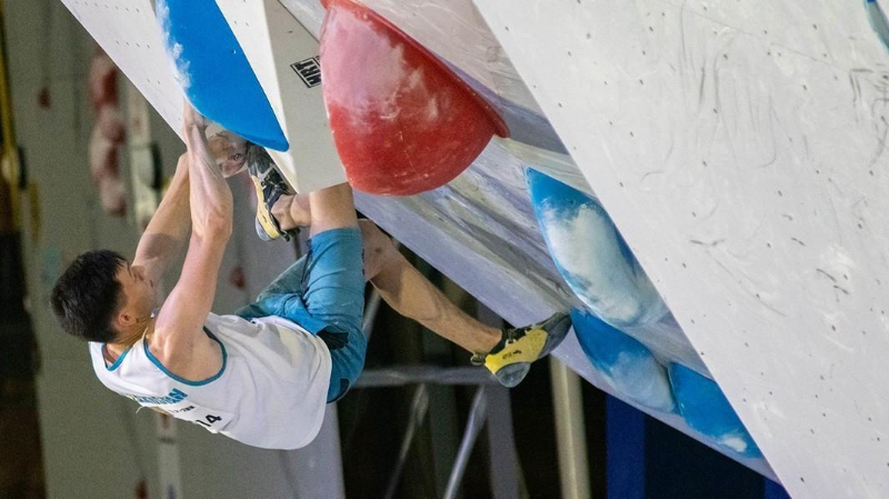 Казахстан завоевал две медали на ЧА по спортивному скалолазанию
