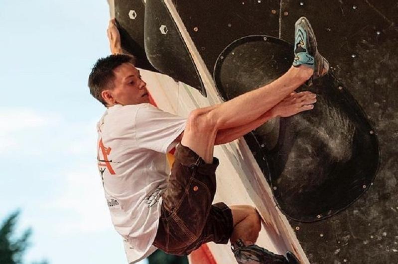 哈萨克斯坦队在攀岩亚洲锦标赛获得铜牌
