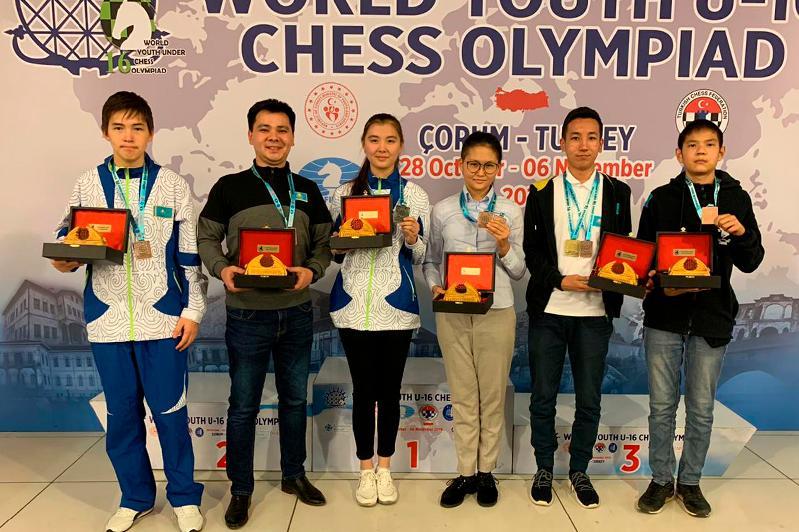 Шахматтан жасөспірімдер олимпиадасында Қазақстан құрамасы төртінші орынды иеленді