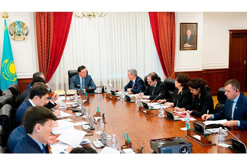 Аскар Мамин встретился с руководством Торгово-промышленной палаты «Франция-Казахстан»