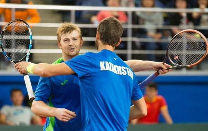 Теннисисты Недовесов и Голубев вышли в полуфинал турнира в Словакии