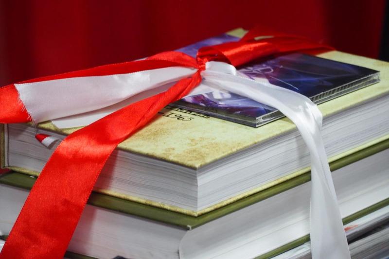 Первую в Казахстане полонийную библиотеку открыли в Нур-Султане