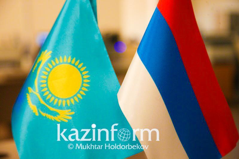 قازاقستان مەن رەسەي شەكارالىق ىنتىماقتاستىق باعدارلاماسى تۇجىرىمىنا قول قويادى