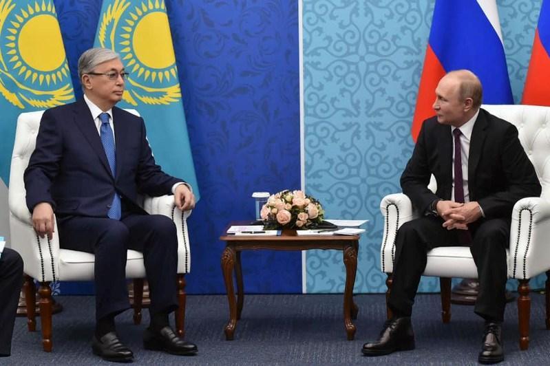 托卡耶夫总统会见俄罗斯总统普京