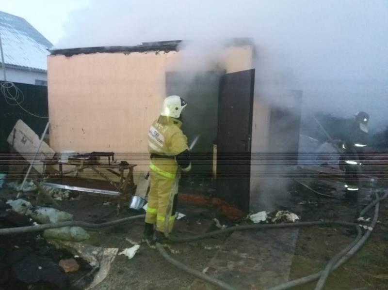 Пожар тушили на территории детсада в Алматинской области