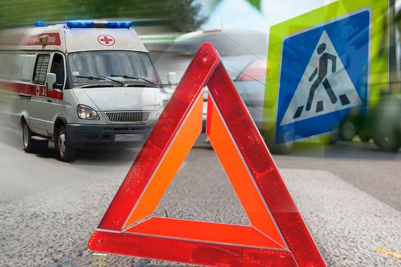 Маршрутный автобус столкнулся с грузовиком в Караганде, есть пострадавшие