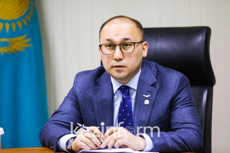 Даурен Абаев провел личный прием граждан в партии «Nur Otan»