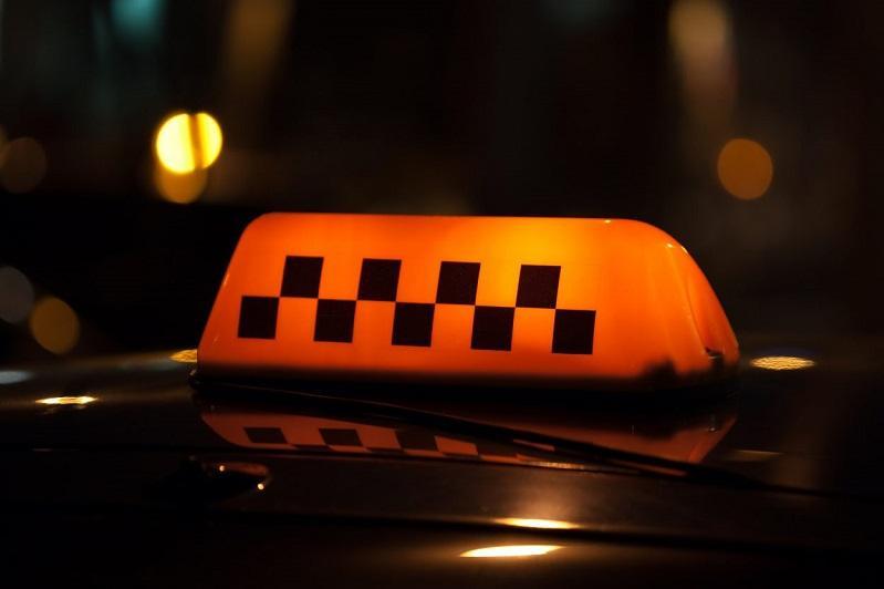 Подозреваемые в нападении на таксиста задержаны после погони в Алматинской области