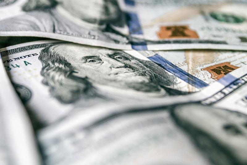 今日美元兑坚戈终盘汇率1:388.35