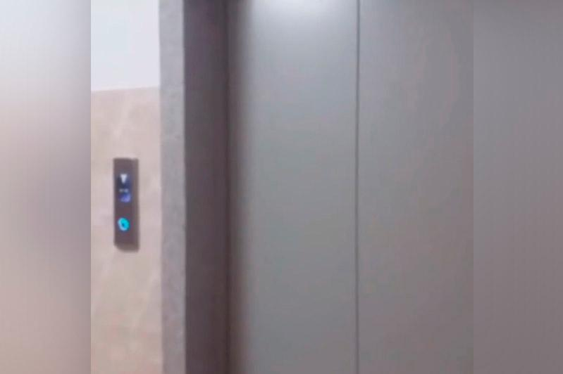 Елорда әкімдігі 18 қабатты үйде лифт «құлау» оқиғасына қатысты түсінік берді