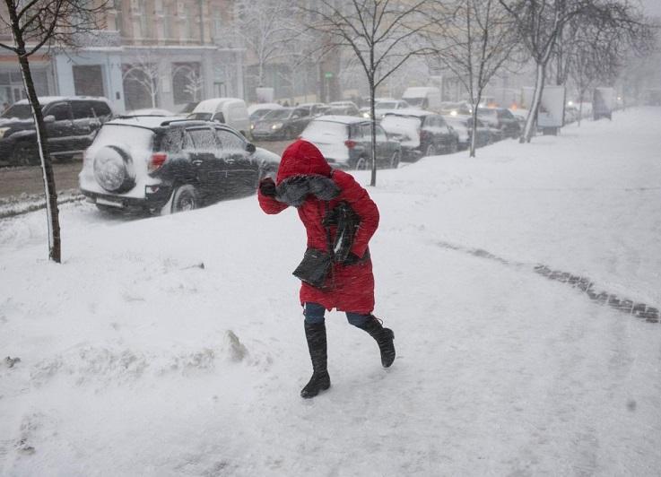 Сильные осадки: штормовое предупреждение в трех регионах Казахстана