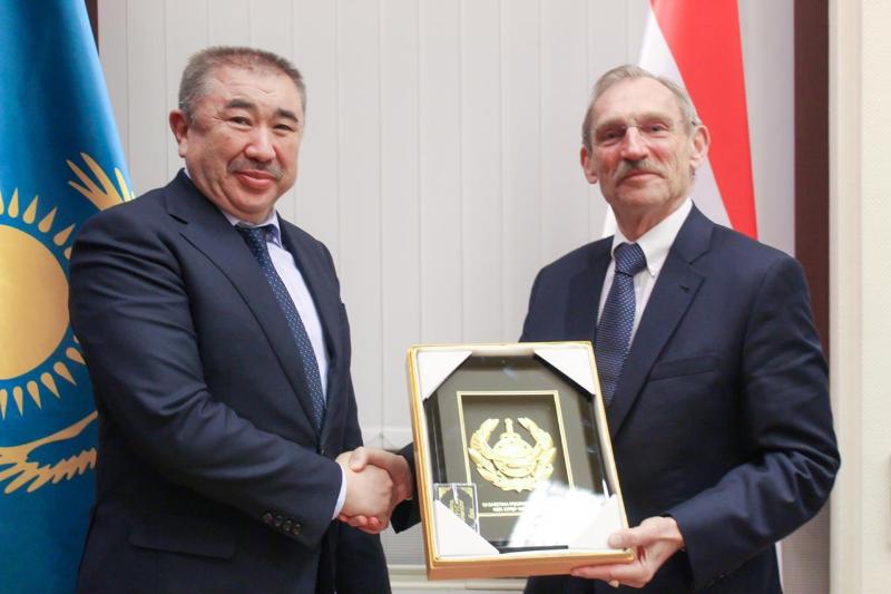 МВД Казахстана и Венгрии договорились о сотрудничестве