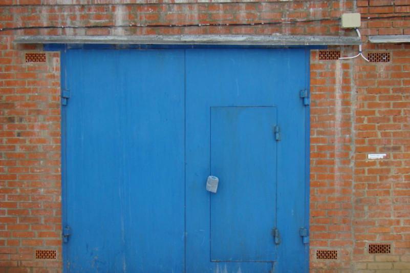 Мошенник в Павлодаре обманул покупателя гаража