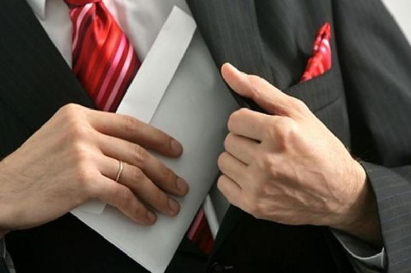 К ответственности за взятку сотрудника привлекли руководство ДЧС СКО