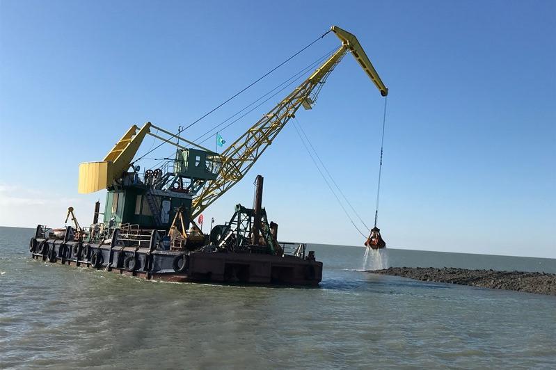 Расчистка Урало-Каспийского канала началась в Атырауской области