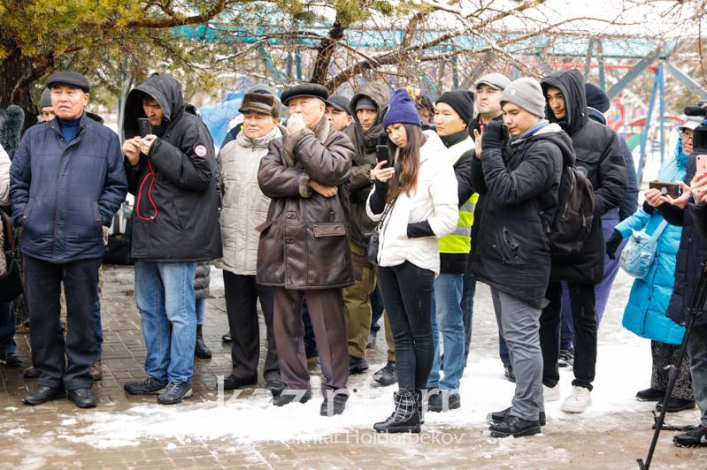 Nur-Sultan men Almatyda mıtıng ótti