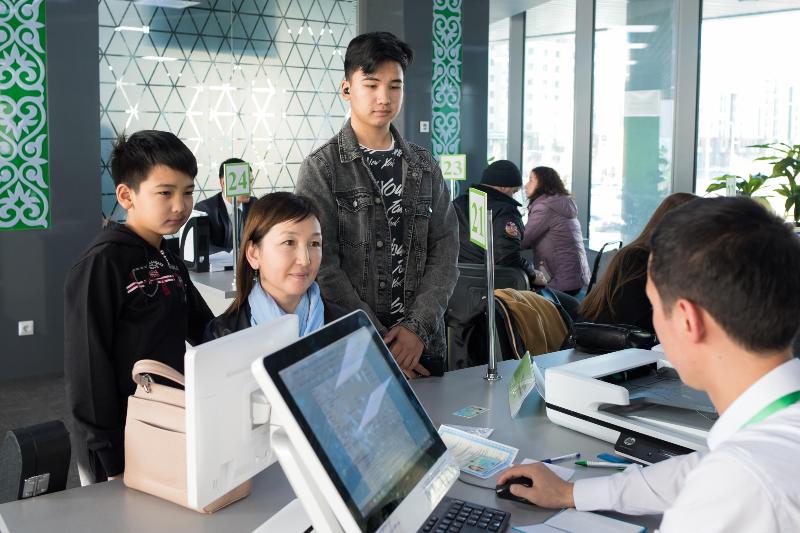 Казахстанцы смогут получать документы в любом ЦОНе и РАГСе Казахстана