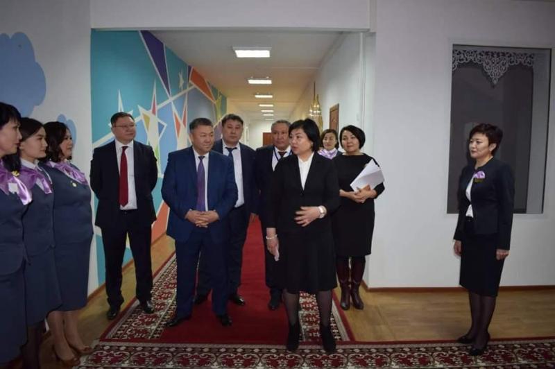 Вице-министр Көкшетауда инновациялық технология қолданылатын балабақшада болды