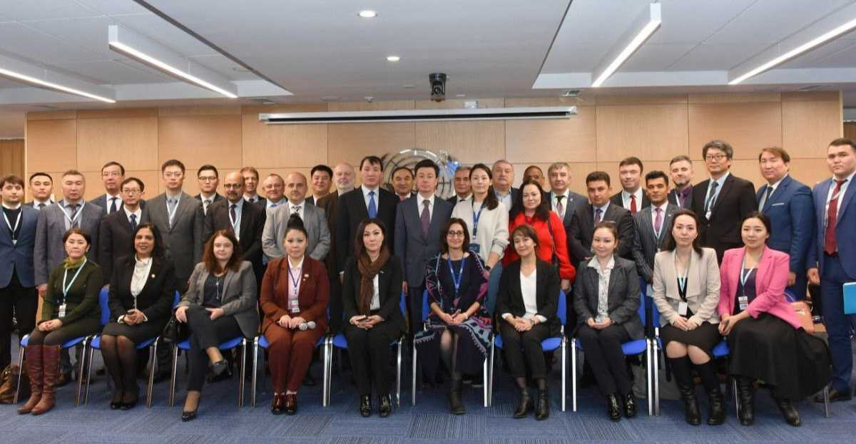Diplomatic corps of Almaty briefed on measures to combat corruption in investment activities