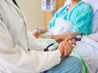 Сколько случаев инсульта ежегодно регистрируется в Казахстане