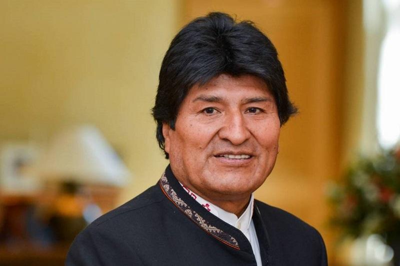Президент Боливии Эво Моралес ушел в отставку