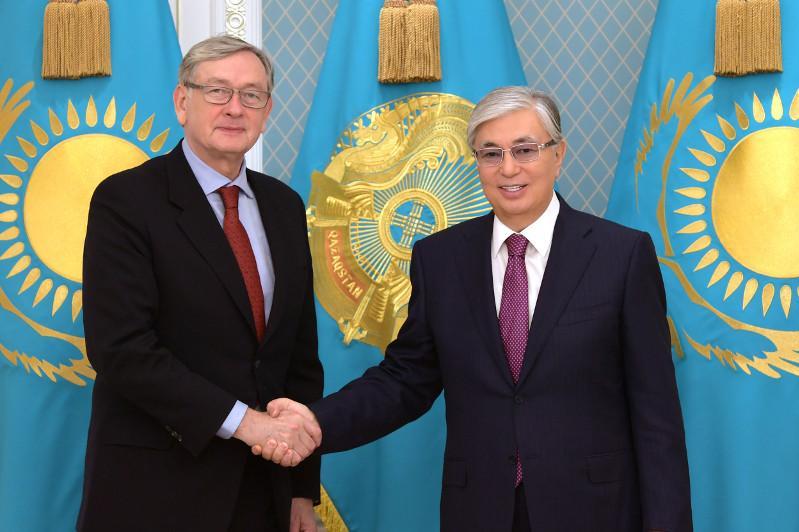 Глава государства встретился с экс-президентом Словении Данило Тюрком
