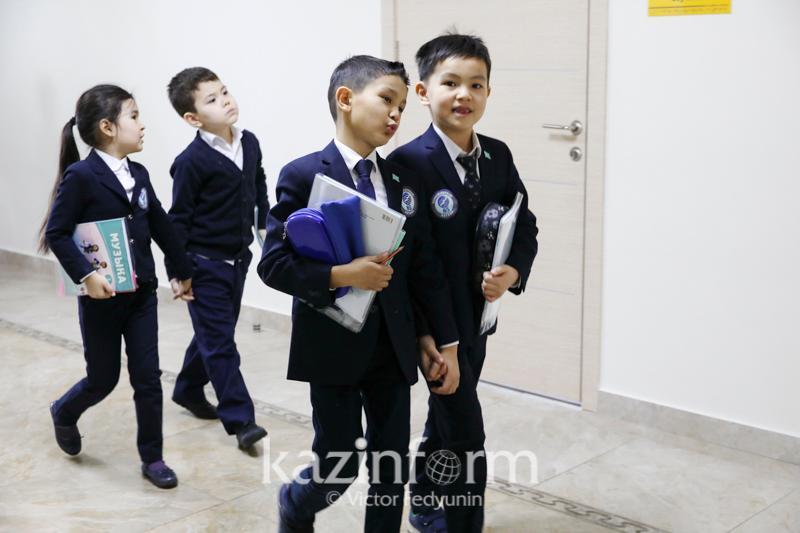 ҚР Президенті 12 жылдық оқу мерзіміне асықпай көшу жөнінде тапсырма берді