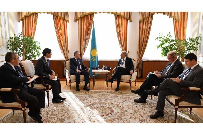 哈萨克斯坦外长会见欧盟驻中亚事务特别代表