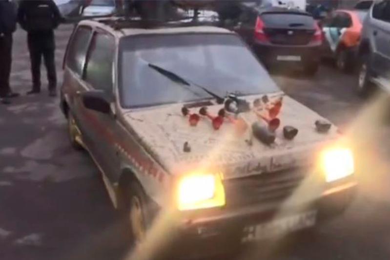 Водитель «авто на дровах» в Алматы использовал подложные госномера - полиция