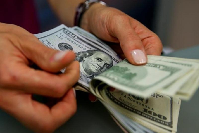 今日美元兑坚戈终盘汇率1:388.84